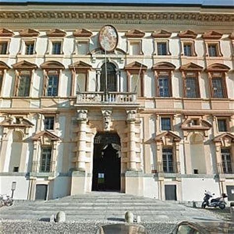 collegio borromeo pavia universit 224 nonnismo al collegio borromeo di pavia cinque