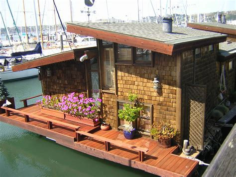 house boat living twelve terrific and tiny houseboats and shantyboats a