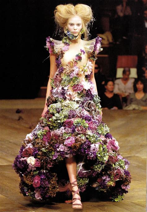 Flower Dress dresses made up of real flowers you didn t