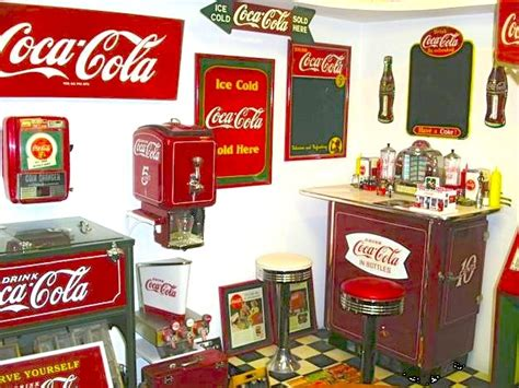 Coca Cola Themed Kitchen by 1000 Images About For Coca Cola Theme Kitchen Dining Room