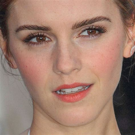 emma watson lipstick emma watson clothes outfits steal her style
