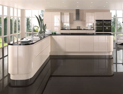 gloss kitchens ideas 25 best ideas about gloss kitchen on
