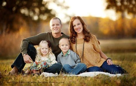 Family Of 4 Picture Ideas | nice family of 4 pose family poses pinterest