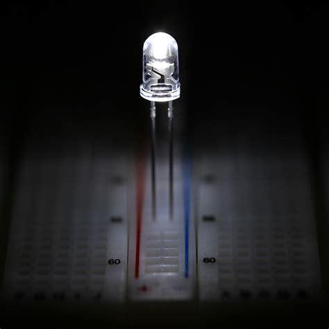 white led 5mm 5mm cool white led 13850k t1 3 4 led w 30 degree