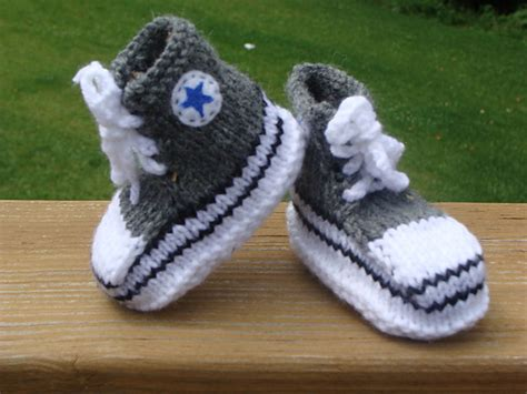 knitting booties for babies patterns free knit baby booties free patterns