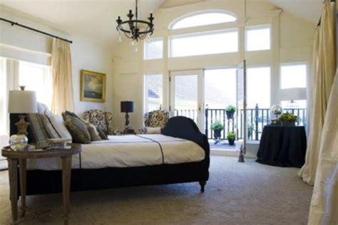 bedroom  linen white  cream
