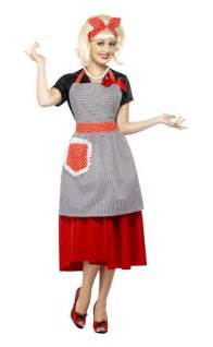 50 theme costumes hairdos costume 1950 s housewife kit 50s housewife kit