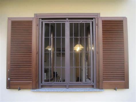 non porte e finestre oltre 25 fantastiche idee su finestre in acciaio su