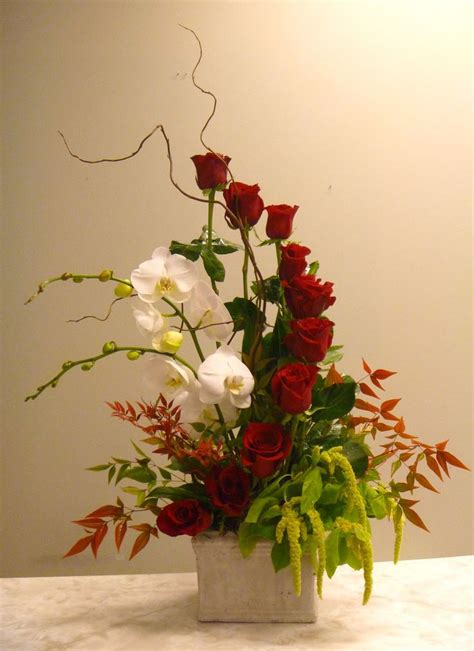 how to floral arrangements 118 best images about vertical arrangements on pinterest