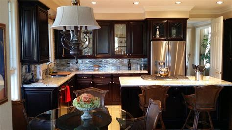 how do they reface kitchen cabinets kitchen cabinet refacing in orange county