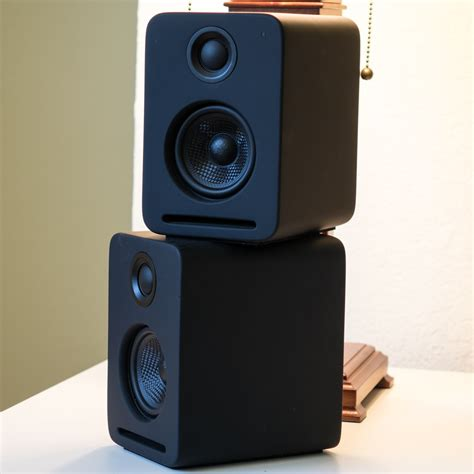 nocs ns2 air monitors v2 review probably the smartest set
