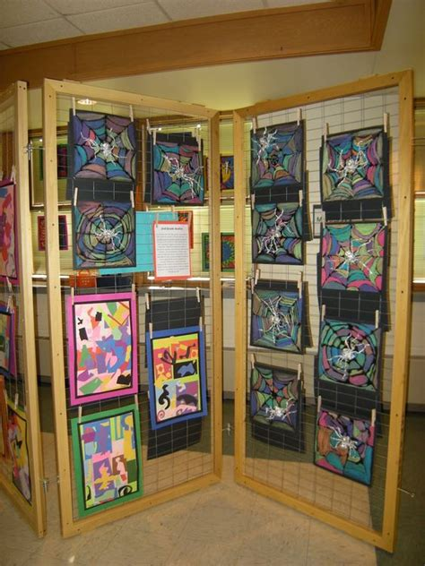 art display ideas what s happening in the art room art display using