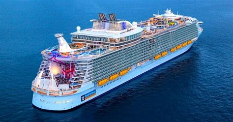 world s largest cruise ship debuts with high energy high symphony of the seas largest cruise ship in the world