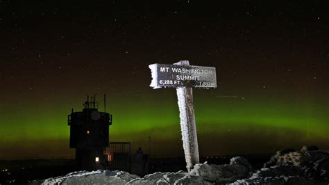 Northern Lights In Washington by Awesome Borealis Photos From Mt Washington Right