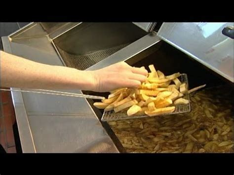 chip qualifications fish frying skills frying chips 07 youtube