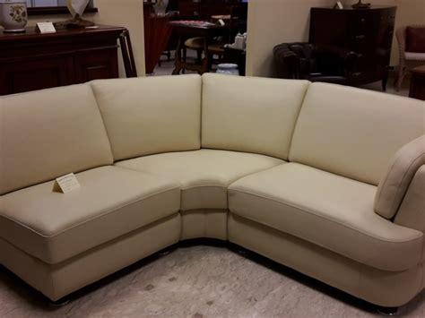 divano pelle angolare divano in pelle angolare scontato 60