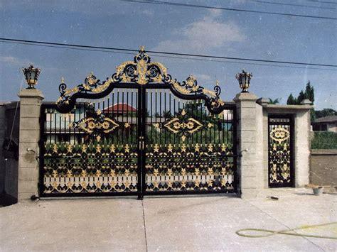 iron gates  black iron  impressive main gate