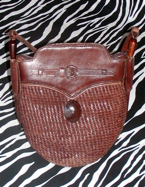 Arsy Bag Brown artsy brown vintage leather messenger bag shoulder bag