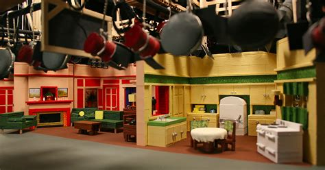sitcom sets this artist turns classic tv sets into stunning tiny dioramas