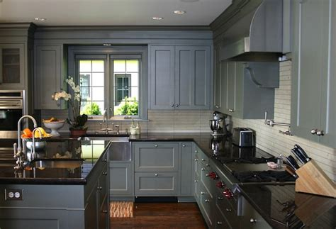 grey kitchen cabinets what color floor grey kitchen wood floor on gray kitchens grey