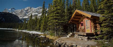 yoho national park accommodations  lake  hara lodge