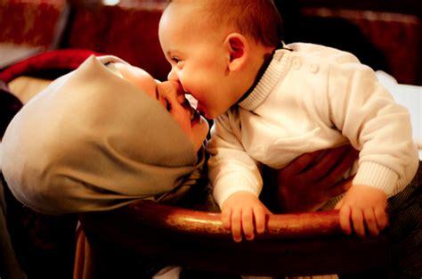 Komunikasi Antarbudaya Di Era Budaya Siber Rulli inilah 4 cara bayi berkomunikasi dengan ibunya voa islam