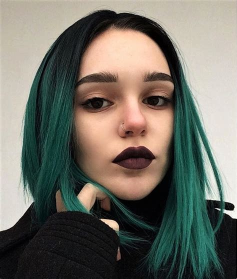 hairstyles done on a mannequin with green hair 25 green hair color ideas you have to see h 229 r h 229 r og