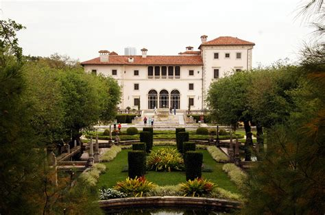 vizcaya museum house gardens miami visions of travel