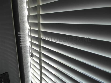 jaloezieen goedkoop op maat goedkope aluminium jaloezieen op maat venster hengelo