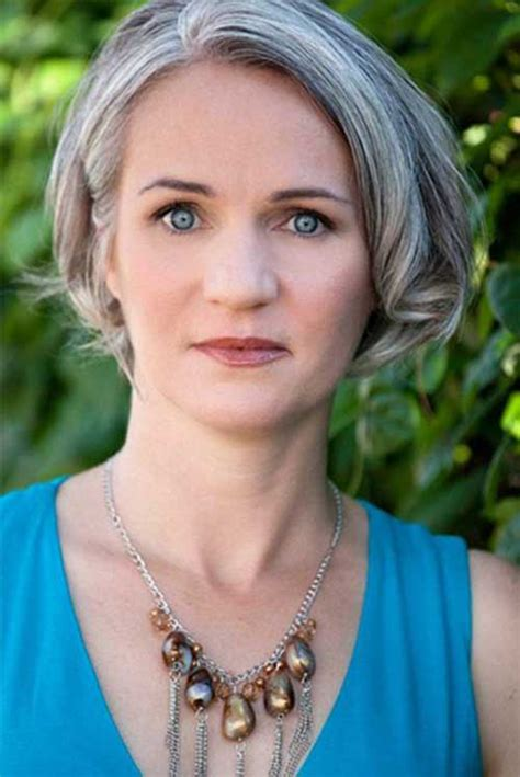 short grey hair for 40s women pinterest grey highlights for more style inspiration visit