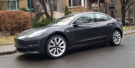 tesla model 3 warranty tesla releases model 3 warranty with new 70 battery capacity retention guarantee electrek