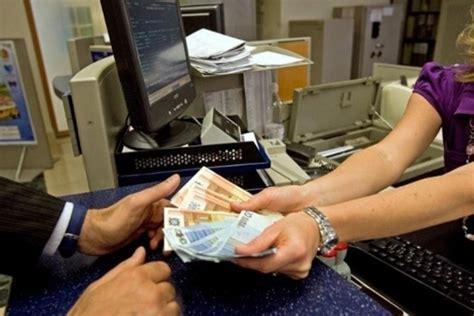 stipendio cassiere in nessuno conosce l assessore terminal milazzo