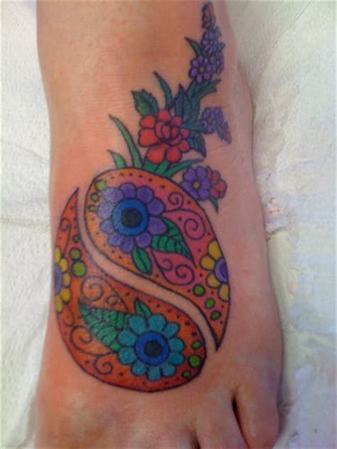 yin yang flower tattoo yin yang flowers on foot