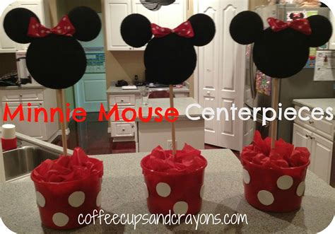 how to make table centerpieces how to make easy minnie mouse centerpieces