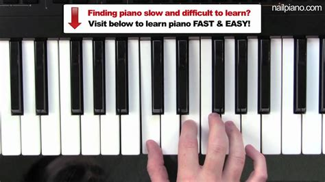 tutorial playing keyboard how to play c major chord piano lesson easy beginners