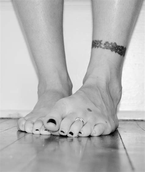 tribal ankle bracelet tattoos tribal ankle bracelets tattoos www pixshark images