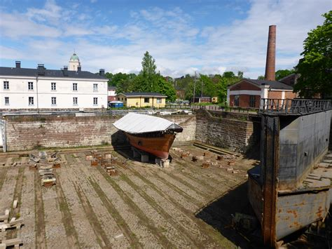 how is the oldest in the world compound experiences at suomenlinna sea fortress is a journey