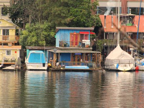 own fee simple seattle houseboat or boat dock on lake