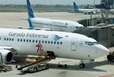garuda indonesia cuts    expansion plan fizzles nikkei asian review