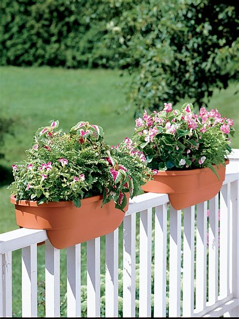 Balcony Railing Planter by Deck Rail Planters Deck Railing Planters Gardener S Supply