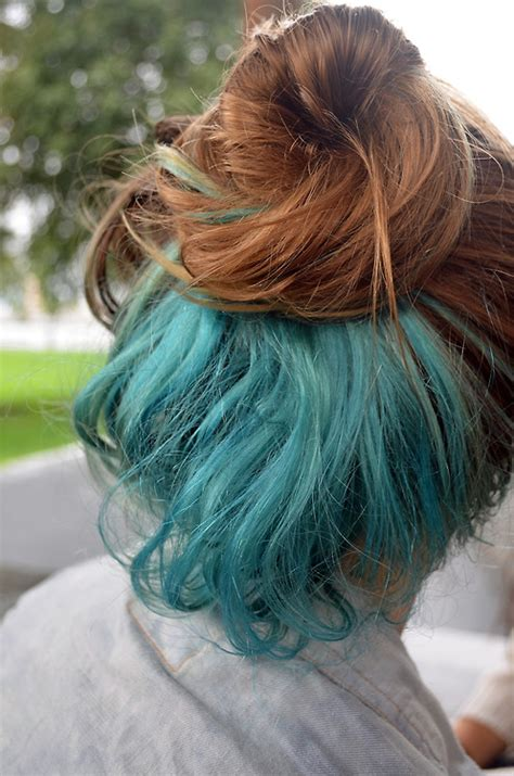 tri layer of dying hair bun pretty hair dyed hair blue hair messy bun blue dye i