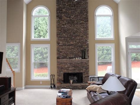 color ideas to compliment fireplace