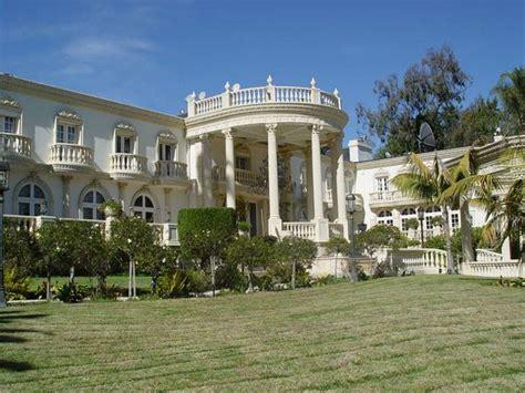 Tutor Style House zimbabwe president robert mugabe s outrageous palace