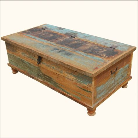 Distressed Wood Trunk Coffee Table Best 25 Trunk Coffee Tables Ideas On Coffee