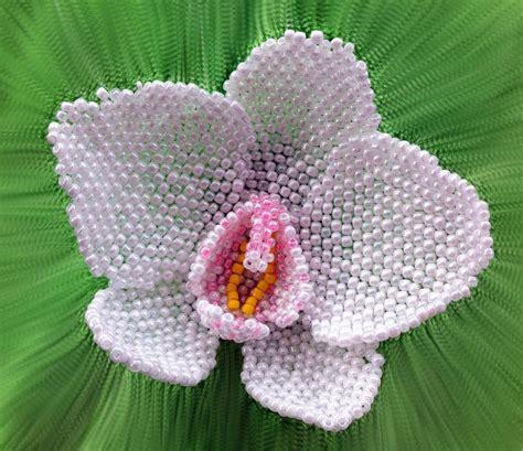 beaded flower pattern beaded peyote by gemmaster jewelry pattern