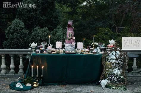 Dark Alice in Wonderland Wedding Theme   ElegantWedding.ca