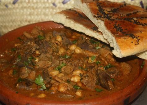 cuisine algeroise douara bakbouka tripes de mouton en sauce recette