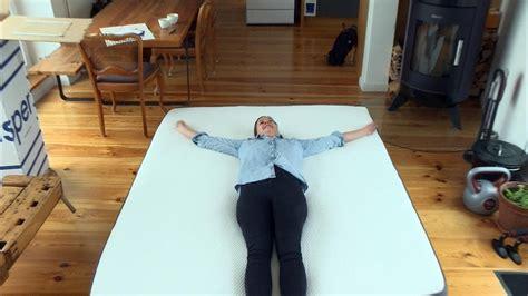 wie bekommt blutflecken aus der matratze branchenboom wie aus der matratze ein lifestyleprodukt