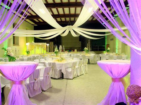 Wedding Pictures Wedding Photos: Cheap Wedding Hall