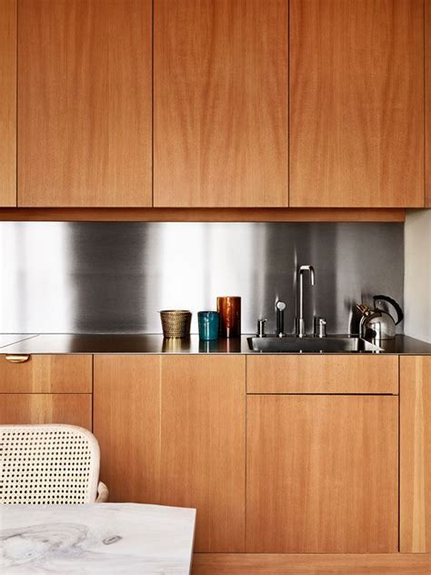 kitchen cabinets no handles byredo s ben gorham s home in stockholm cocina